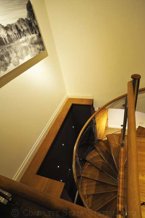 Spiral Staircase Nottingham Oak Treads Amp Curved Acrylic