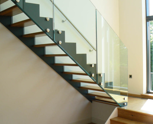 Bespoke Staircase Guildford - Model 500