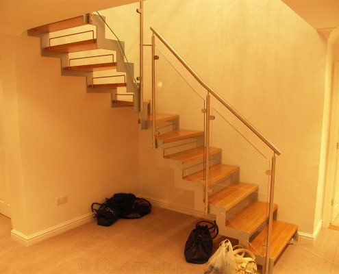Bespoke Staircase Nottingham - Model 500