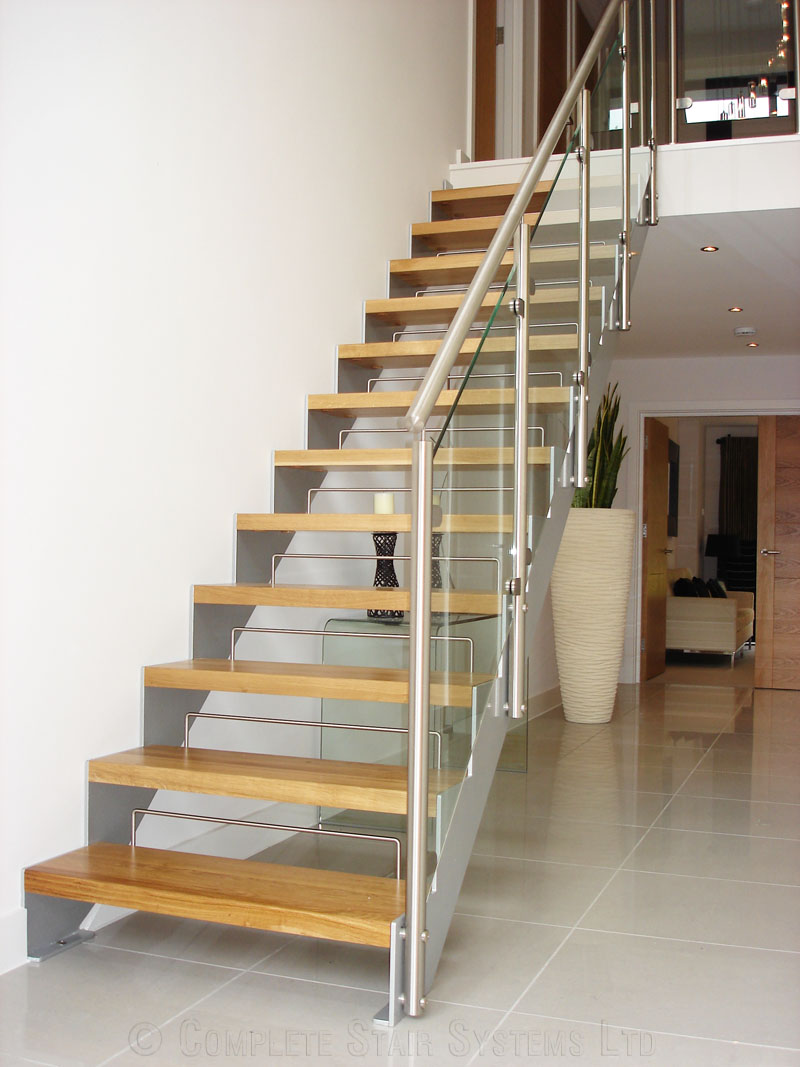 Bespoke Staircase Poole   Model 500