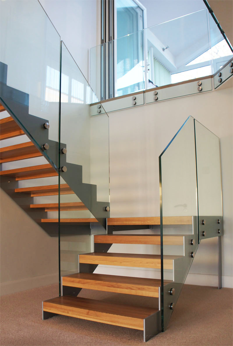 Bespoke staircase southampton new case study with pictures - Escaleras para jardin ...