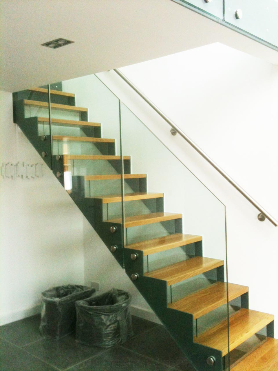Bespoke Staircase St Albans A Straight Stair With Glass