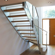 Bespoke Staircase Staines - Model 500