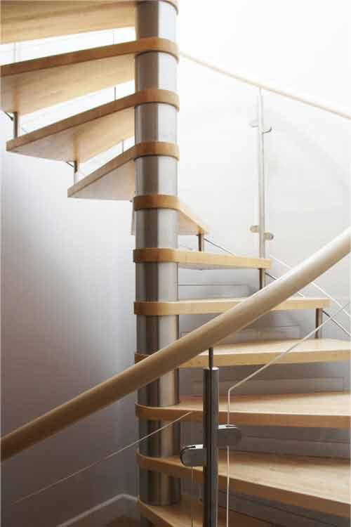 Bespoke-Spiral-Staircase-Surbiton