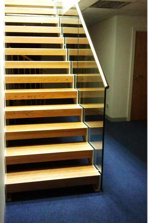 Bespoke-Staircase-Romsey