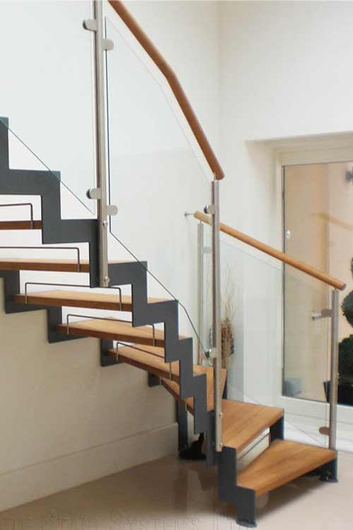 Bespoke-Staircase-Usk