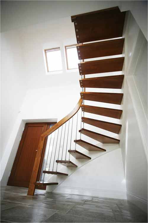 Floating-Timber-Stair-Ringwood
