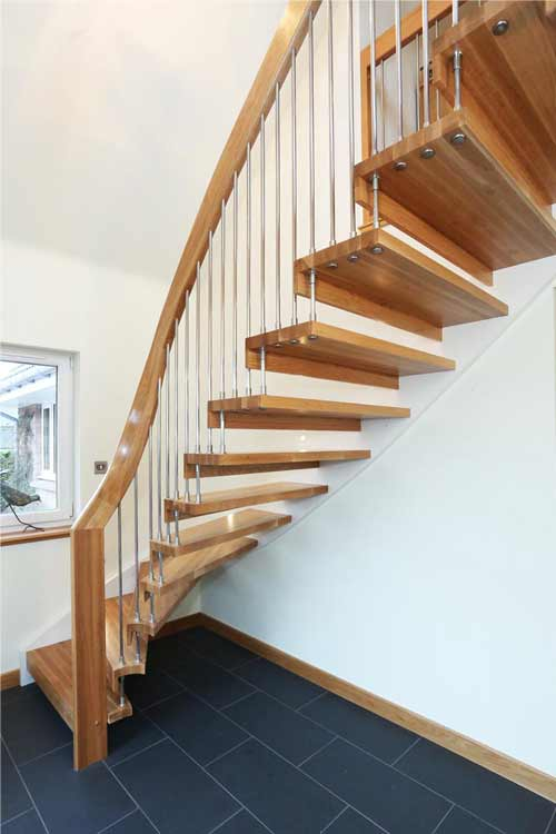 Floating-Timber-Staircase-Aberdeen
