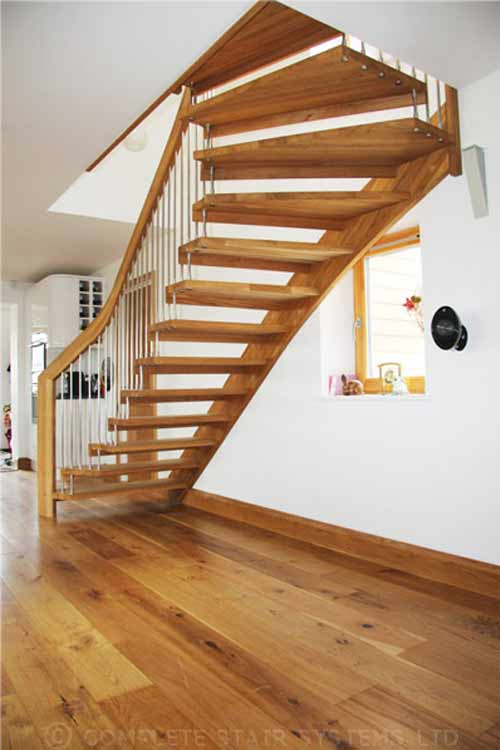 Floating-Timber-Staircase-Cornwall