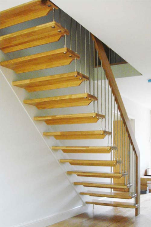 Floating-Timber-Staircase-Crowborough