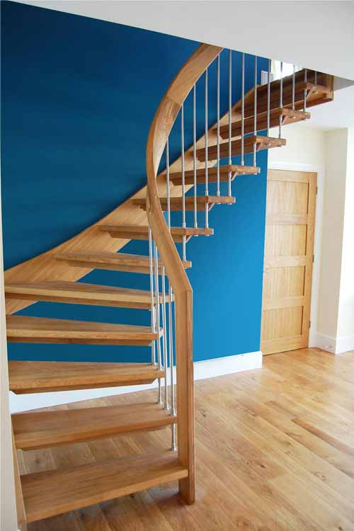Floating-Timber-Staircase-Market-Marborough