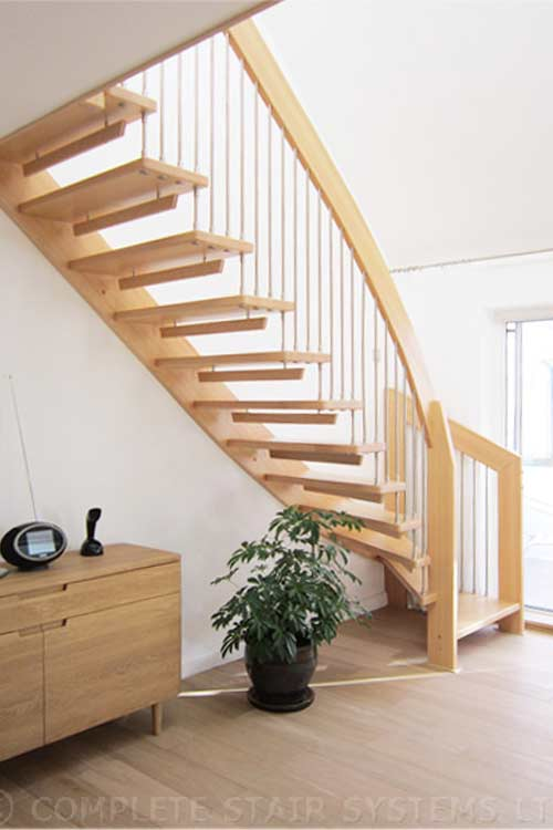 Floating-Timber-Staircase-New-Milton