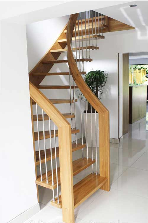 Floating-Timber-Staircase-Sevenoaks