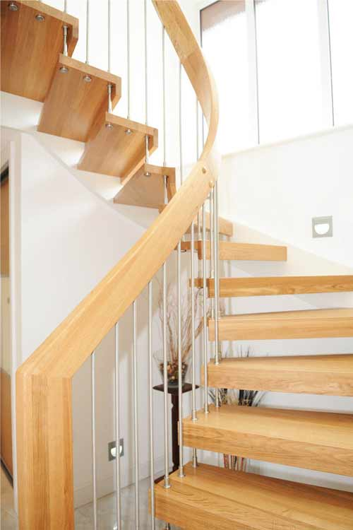 Floating-Timber-Staircase-Southampton