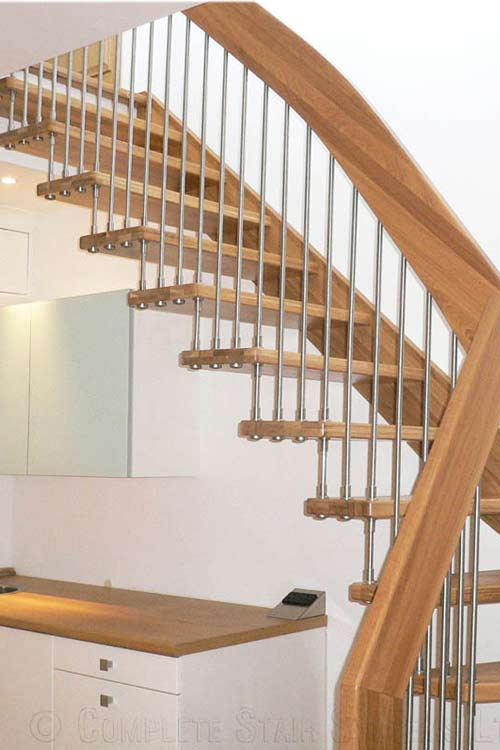 Floating-Timber-Staircase-Stanmore