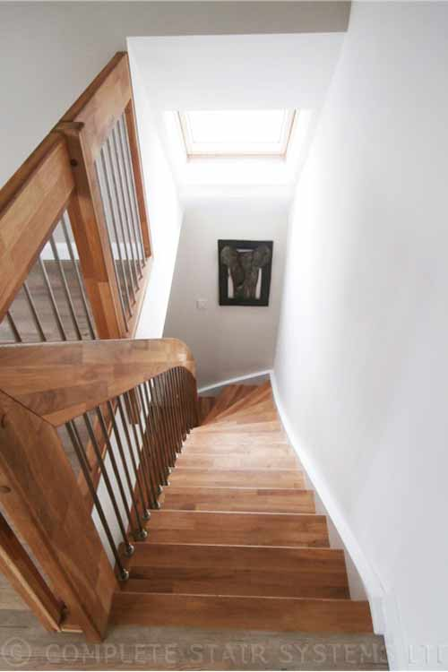Floating-Timber-Staircase-Sunbury-on-Thames