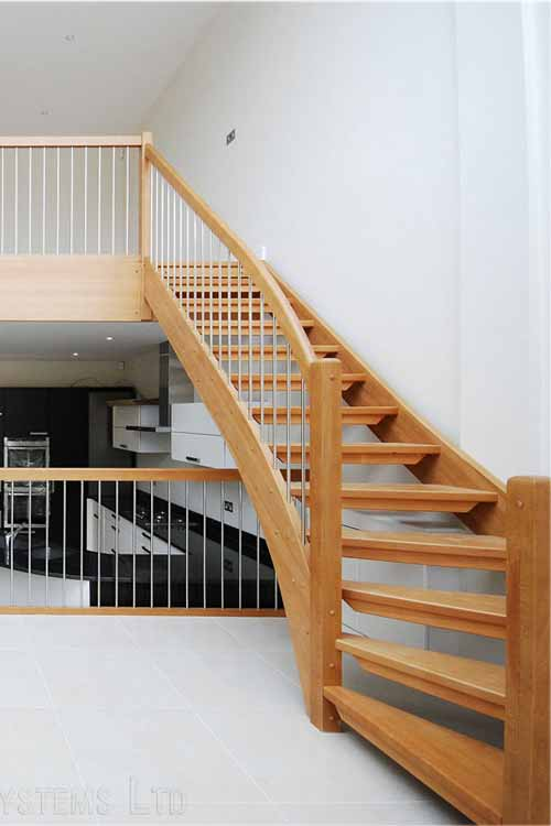 Modern-Timber-Stair-Chiswick
