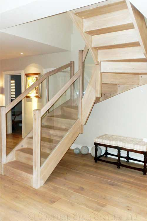 Modern-Timber-Staircase-Braishfield