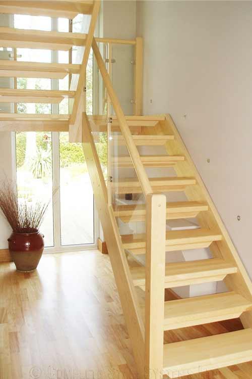 Modern-Timber-Staircase-Cambridge