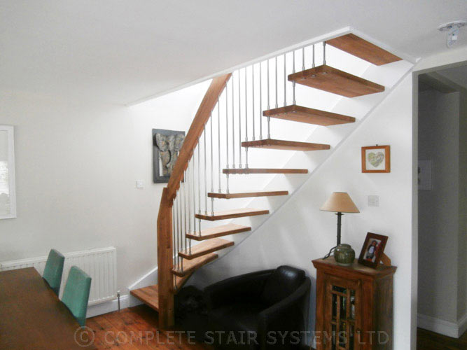 Open-Staircase---Sunbury-on-Thames