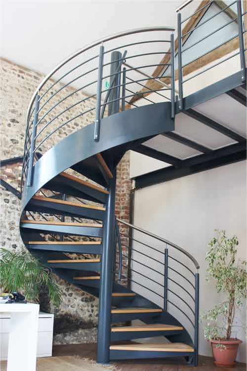 Spiral-Staircase-Hants