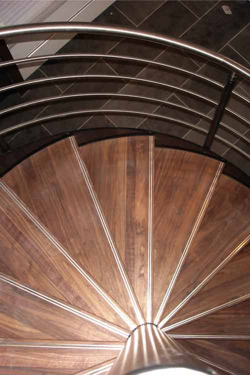 Spiral-Staircase-Winchester