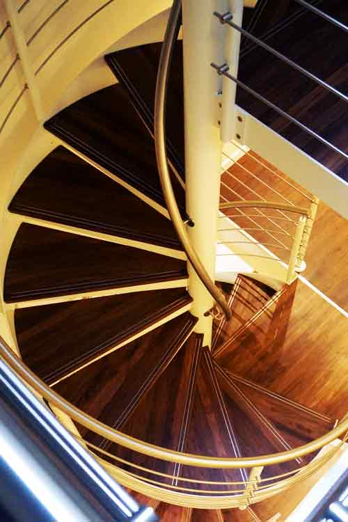 Walnut-Spiral-Staircase
