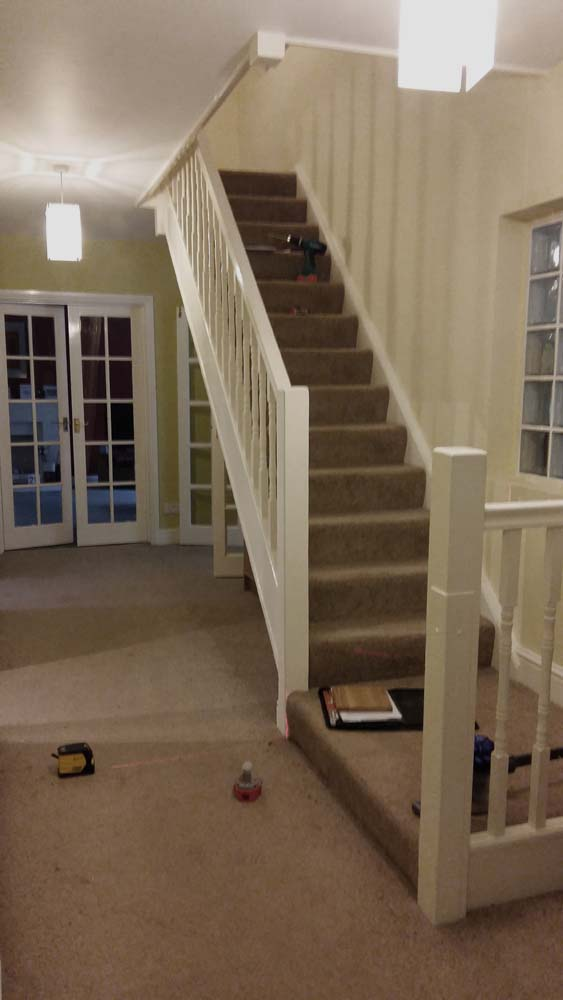Attrayant Standard Carpeted Staircase