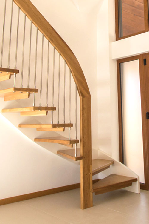 Floating Staircase Chilworth - Hampshire