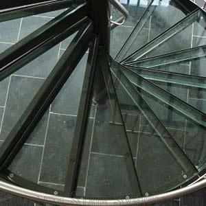 Laminated-Glass-Tread